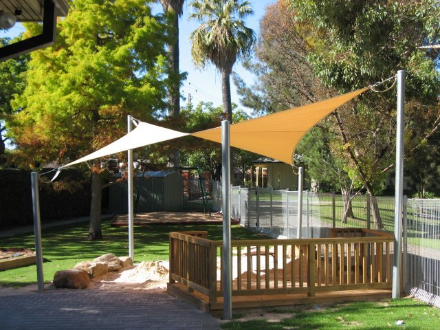 protection uv - shade sail - voile d'ombrage triangulaire